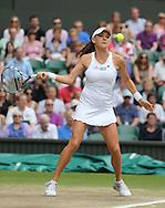 Wimbledon Championships 2012 AELTC,London,.ITF Grand Slam Tennis Tournament, Damen Semi Finale, Agnieszka Radwanska (POL), Aktion,.Einzelbild,Ganzkoerper,Hochformat,.