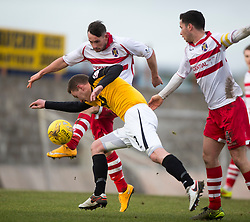 Stirling Albion's Phil Johnston and East Fife&rsquo;s Pat Slattery. <br /> Half time : East Fife 0 v 0 Stirling Albion, Scottish Football League Division Two game played atBayview Stadium, 20/2/2106.