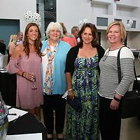 Kelly Lindsey, Joan Judol, Laura Lindsey, Jean Lindsey