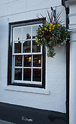 Henley, Oxfordshire. England General View; Window of, The Catherine Wheel in Hart Street Thursday  01/12/2016<br /> © Peter SPURRIER<br /> LEICA CAMERA AG  LEICA Q (Typ 116)  f1.8  1/800sec  35mm  8.6MB