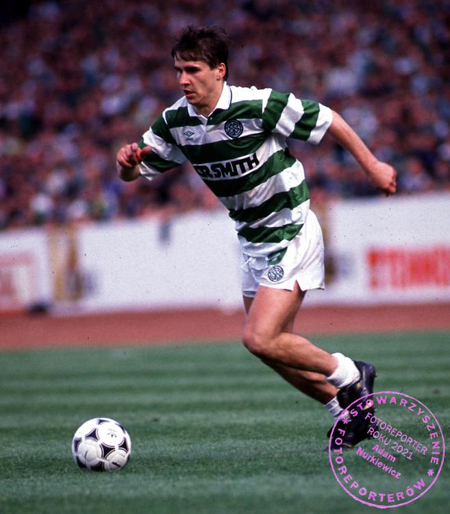 1990 CELTIC Jackie Dziekanowski in action..FOT. SNS/WROFOTO