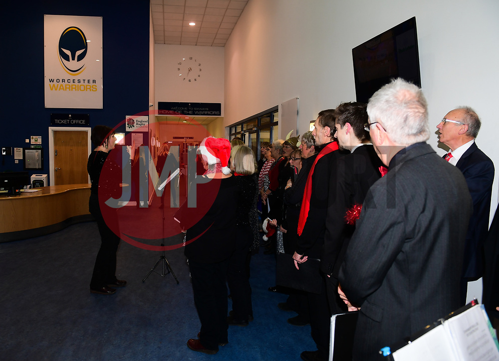 Choir sing carols in reception  - Mandatory by-line: Alex Davidson/JMP - 22/12/2017 - RUGBY - Sixways Stadium - Worcester, England - Worcester Warriors v London Irish - Aviva Premiership