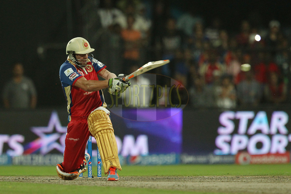 AB de Villiers of the Royal Challengers Bangalore in the last over during match 11 of the Pepsi Indian Premier League 2014 between the The Royal Challengers Bangalore and the Kolkata Knight Riders  held at the Sharjah Cricket Stadium, Sharjah, United Arab Emirates on the 24th April 2014<br /> <br /> Photo by Ron Gaunt / IPL / SPORTZPICS
