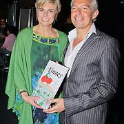 NLD/Rotterdam/20110202 - Boekpresentatie Mr. Finney door pr. Laurentien, en schrijver Sieb Posthuma