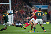 Twickenham, Great Britain, Bryan HABANA, managed to block, Gareth ANSCOMBE's, clearance kick, during the Quarter Final 1 game, South Africa vs Wales.  2015 Rugby World Cup,  Venue, Twickenham Stadium, Surrey, ENGLAND.  Saturday  17/10/2015.   [Mandatory Credit; Peter Spurrier/Intersport-images]