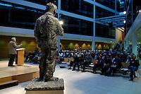"""06 MAY 2005, BERLIN/GERMANY:<br /> Veranstaltungsreihe """"Das Jahr 1945. Ende und Neubeginn"""", Lesungen, Filme, Fotoausstellung des Freundeskreises Willy-Brandt-Haus e.V., Atrium, Willy-Brandt-Haus<br /> IMAGE: 20050506-01-029"""