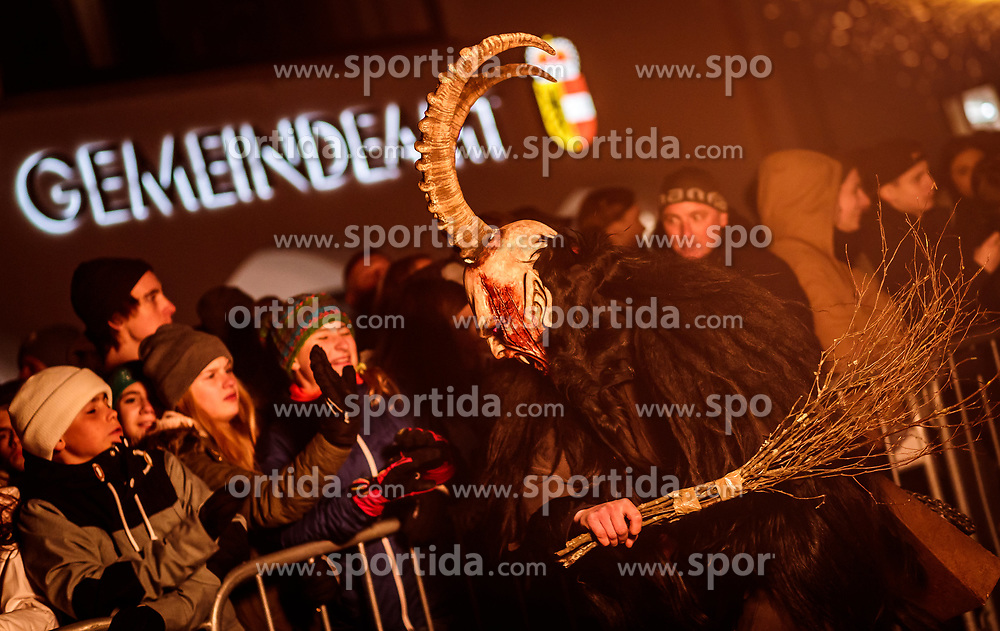05.12.2017, Kaprun, AUT, Pinzgauer Krampustage im Bild ein Krampus mit Rute beim Krampusumzug // A man dressed as a devil with rod performs during a Krampus show. Krampus is a mythical creature that, according to legend, accompanies Saint Nicholas during the festive season. Instead of giving gifts to good children, he punishes the bad ones, Kaprun, Austria on 2017/12/05. EXPA Pictures © 2017, PhotoCredit: EXPA/ JFK