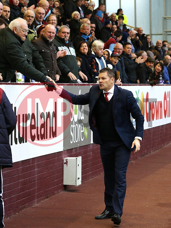 Bristol City Manager Steve Cotterill is welcomed by the Burnley fans - Mandatory byline: Matt McNulty/JMP - 07966 386802 - 28/12/2015 - FOOTBALL - Turf Moor - Burnely, England - Burnley v Bristol City - Sky Bet Championship