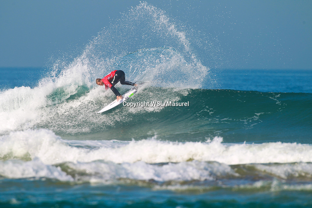 Dusty Payne (HAW). Cascais 2015<br /> hird round of the QS10,000 Allianz Billabong Pro Cascais on Wednesday, September 30, 2015.<br /> Photo credit: Laurent Masurel / www.worldsurfleague.com