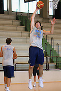 DESCRIZIONE : Cagliari Raduno Collegiale Nazionale Maschile Allenamento <br /> GIOCATORE : Andrea Michelori <br /> SQUADRA : Nazionale Italia Uomini <br /> EVENTO : Raduno Collegiale Nazionale Maschile <br /> GARA : <br /> DATA : 17/08/2008 <br /> CATEGORIA : Allenamento <br /> SPORT : Pallacanestro <br /> AUTORE : Agenzia Ciamillo-Castoria/S.Silvestri <br /> Galleria : Fip Nazionali 2008 <br /> Fotonotizia : Cagliari Raduno Collegiale Nazionale Maschile Allenamento <br /> Predefinita :