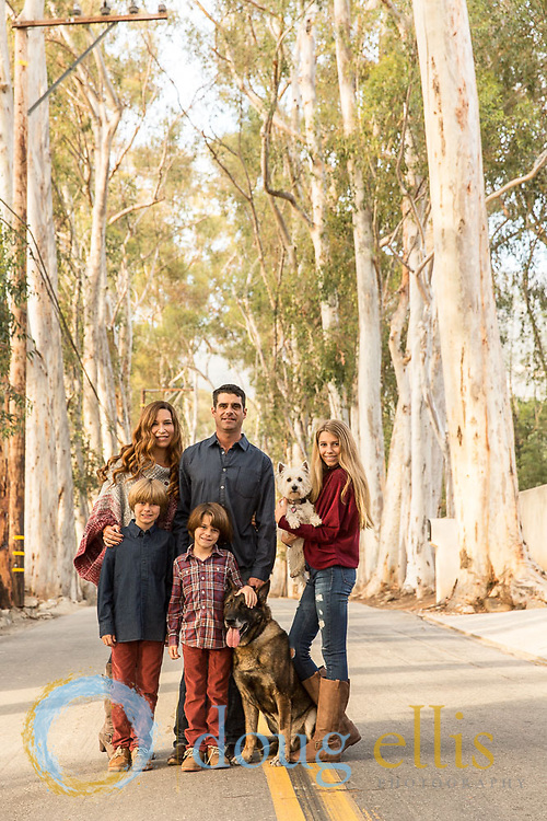 Professional family photo in Montecito for christmas photo.
