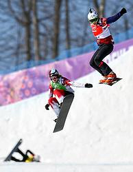 16-02-2014 SNOWBOARDEN: OLYMPIC GAMES: SOTSJI<br /> Eva Samkova (r) is de nieuwe olympische kampioene op de snowboardcross. De Canadese Dominique Maltais greep het zilver<br /> ©2014-FotoHoogendoorn.nl