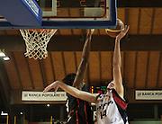 DESCRIZIONE : Lodi Lega A2 2009-10 Campionato UCC Casalpusterlengo - Riviera Solare RN<br /> GIOCATORE : Troy Ostler<br /> SQUADRA : UCC Casalpusterlengo<br /> EVENTO : Campionato Lega A2 2009-2010<br /> GARA : UCC Casalpusterlengo Riviera Solare RN<br /> DATA : 14/03/2010<br /> CATEGORIA : Tiro<br /> SPORT : Pallacanestro <br /> AUTORE : Agenzia Ciamillo-Castoria/D.Pescosolido