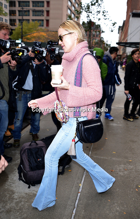 Nov. 19, 2015 - New York City, NY, USA - <br /> <br /> Actress Kate Hudson wears a casual and cosy outfit as she leaves a downtown hotel on November 19 2015<br /> &copy;Exclusivepix Media