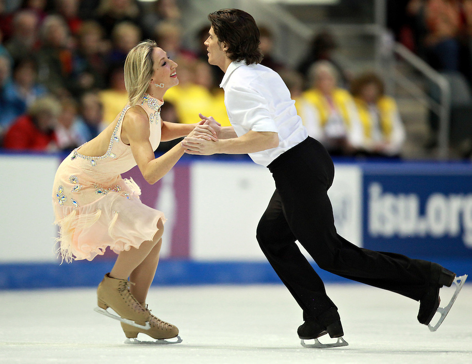 20101029 -- Kingston, Ontario --  Sinead Kerr and John Kerr of Great Britain skate their short dance in the ice dance competition at the 2010 Skate Canada International in Kingston, Ontario, Canada, October 29, 2010.<br /> AFP PHOTO/Geoff Robins