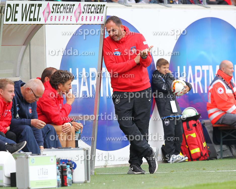 27.09.2015, Voith Arena, Heidenheim, GER, 2. FBL, 1. FC Heidenheim vs Karlsruher SC, 9. Runde, im Bild Trainer Frank Schmidt (1.FC Heidenheim) zufrieden // during the 2nd German Bundesliga 9th round match between 1. FC Heidenheim and Karlsruher SC at the Voith Arena in Heidenheim, Germany on 2015/09/27. EXPA Pictures &copy; 2015, PhotoCredit: EXPA/ Eibner-Pressefoto/ Langer<br /> <br /> *****ATTENTION - OUT of GER*****