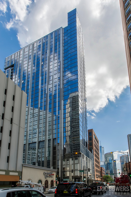 State & Chestnut residential building in Chicago, completed in 2016 at 845 N. State, 60610