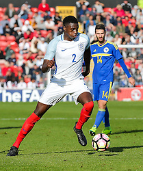 Dominic Iorfa of England U21 in action - Rogan Thomson/JMP - 11/10/2016 - FOOTBALL - Bescot Stadium - Walsall, England - England U21 v Bosnia and Herzegovina - UEFA European Under 21 Championship Qualifying.