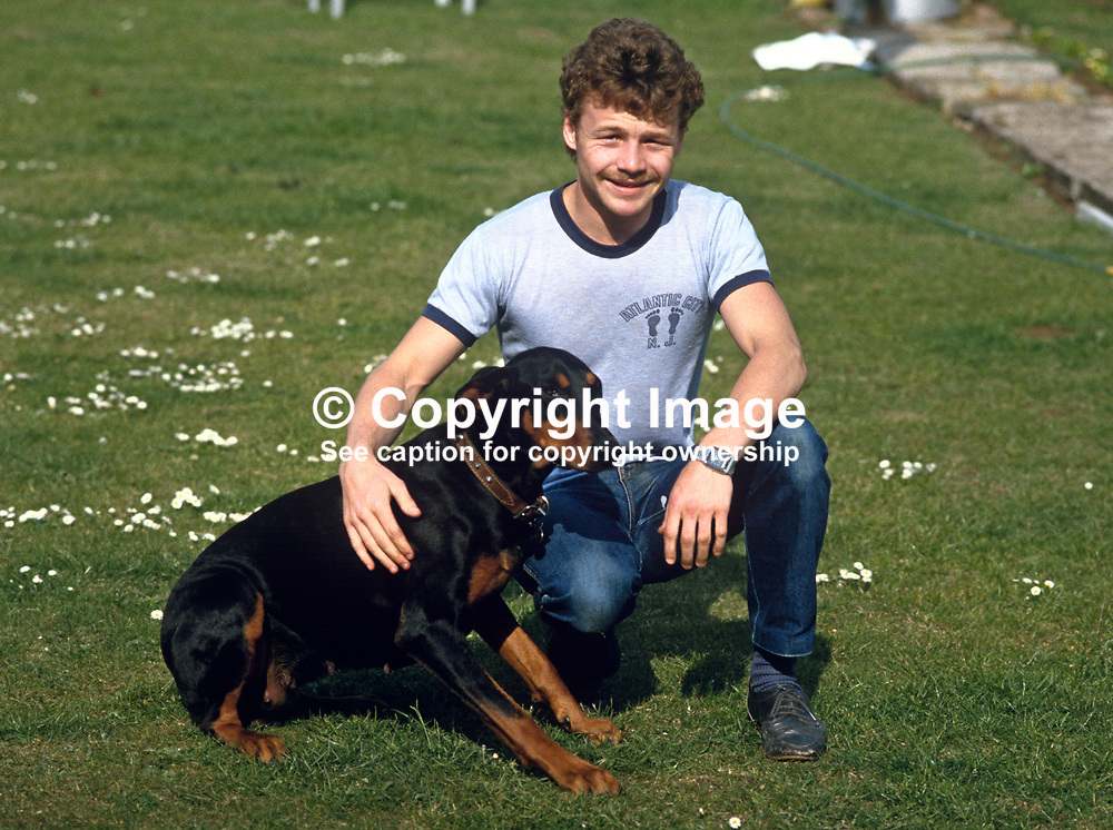 Roy Webb, Larne, N Ireland, professional boxer, bantamweight, 19840070RW2..Copyright Image from Victor Patterson, 54 Dorchester Park, Belfast, UK, BT9 6RJ..Tel: +44 28 9066 1296.Mob: +44 7802 353836.Voicemail +44 20 8816 7153.Skype: victorpattersonbelfast.Email: victorpatterson@me.com.Email: victorpatterson@ireland.com (back-up)..IMPORTANT: If you wish to use this image or any other of my images please go to www.victorpatterson.com and click on the Terms & Conditions. Then contact me by email or phone with the reference number(s) of the image(s) concerned.