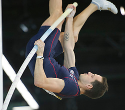 Renaud Lavillenie of France competes during the men's Pole Vault competition at the 2016 IAAF World Indoor Athletics Championships at the Oregon Convention Center in Portland, the United States, on March 17, 2016. Renaud Lavillenie won the champion with 6.02 meters. EXPA Pictures © 2016, PhotoCredit: EXPA/ Photoshot/ Yang Lei from Chongqing<br /> <br /> *****ATTENTION - for AUT, SLO, CRO, SRB, BIH, MAZ, SUI only*****