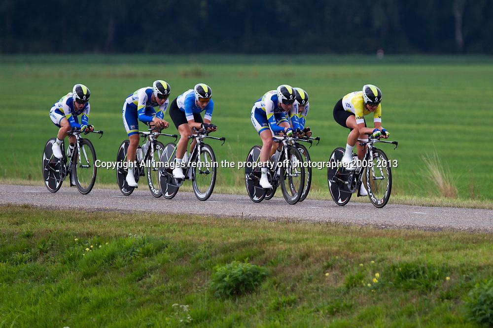 Boels Rental Ladiestour 2013 Team Time Trail Coevorden Orica-Greenedge-AIS 2nd with Loes Gunnewijk,  Gracia Elvin, Shara Gillow, Amanda Spratt, Melissa Hoskin, Annette Edmondson,