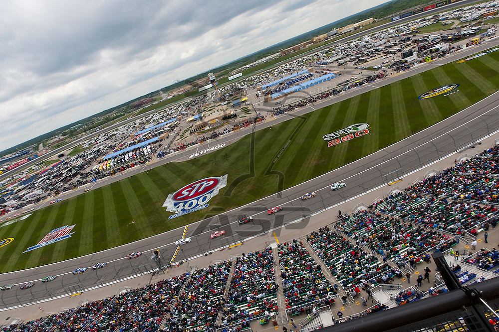KANSAS CITY, KS - APR 22, 2012:  The NASCAR Sprint Cup teams take to the track for the STP 400 at the Kansas Speedway in Kansas City, KS.