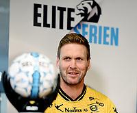 Fotball , 27. september 2017 , Eliteserien og Toppserien har fått felle ligaball , <br /> Her Frode Kippe  Lillestrøm