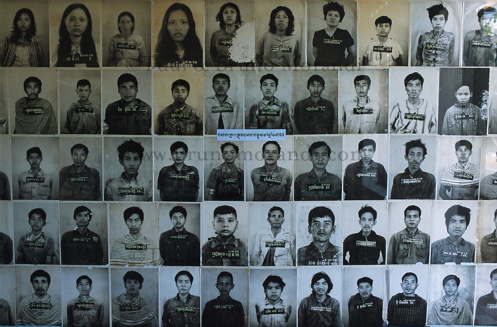 Cambodge, Phnom Penh, photo de prisonniers des Khmer Rouge dans le centre de torture S21 // Cambodia, Phnom Penh, pictures of the prisoniers of Khmer Rouge at S21 torture center