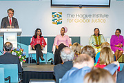 Koningin Maxima bij The Hague Institute for Global Justice met Hare Hoogheid Sheikha Moza bint Nasser uit Qatar, oprichter van de stichting Education Above All en pleitbezorger van de VN ontwikkelingsdoelen. Zij wonen hier het seminar Law, Education and the SDGÕs over bescherming onderwijs in conflictsituaties bij.<br /> <br /> Queen Maxima at The Hague Institute for Global Justice with Her Highness Sheikha Moza binds Nasser from Qatar, founder of the Education Above All Foundation and advocate of UN development goals. They attend the Law, Education and the SDGÕ seminar on protection of education in conflict.