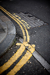 UK ENGLAND LONDON 1MAY12 - Confusing double-yellow road markings in Islington, North London.<br />