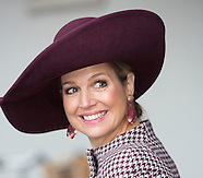 Koningin bezoekt wooncentrum in tilburg