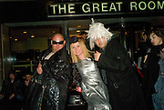 LEO BELICHA, ROISIN MURPHY AND KABIR, The Wonderland and Moet party. The Red Bar. Grosvenor House Hotel. Park Lane, London. 18 April 2008 *** Local Caption *** -DO NOT ARCHIVE-© Copyright Photograph by Dafydd Jones. 248 Clapham Rd. London SW9 0PZ. Tel 0207 820 0771. www.dafjones.com.
