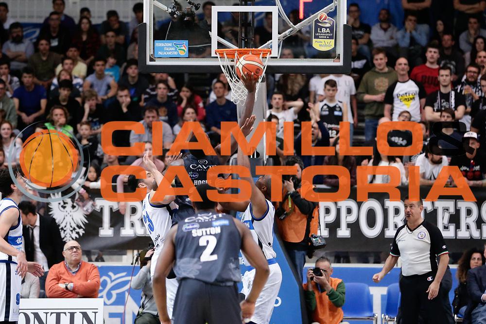 Dustin Hogue<br /> Dolomiti Energia Aquila Basket Trento - Germani Basket Brescia Leonessa<br /> Lega Basket Serie A 2016/2017<br /> PalaTrento, 23/04/2017<br /> Foto Ciamillo-Castoria / M. Brondi