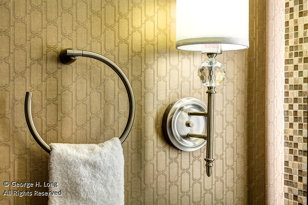 plumbing fixtures in a guest room at the InterContinental New Orleans Hotel
