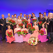 NLD/Amsterdamt/20180930 - Annie MG Schmidt viert eerste jubileum, Simone Kleinsma met de cast en Albert Verlinde en Joop van den Ende