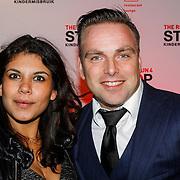 NLD/Blaricum/20121104 - Benefietavond The Red Sun Blaricum  t.b.v. Stop Kindermisbruik, Jeroen Post en partner Isabelle