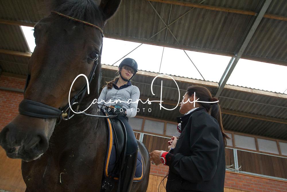 De Bondt Carmen (BEL)<br /> Stal Devroe - Nieuwrode 2011<br /> &copy; Dirk Caremans