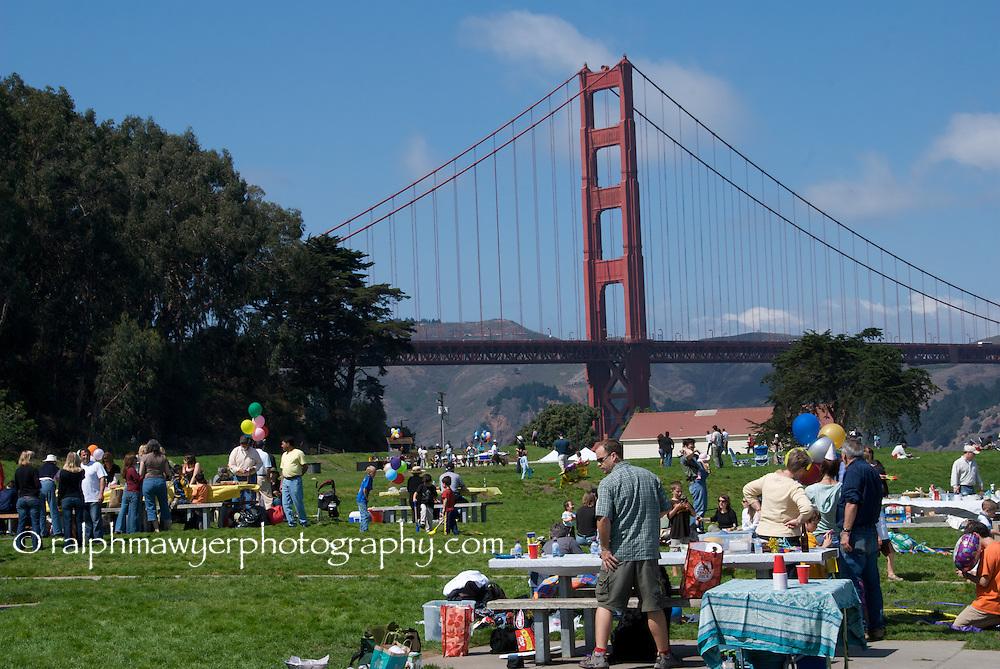 Weekend picnic at Golden Gate Bridge park.