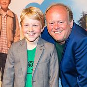 NLD/Amsterdam/20160716 - Groene loper première Meester Kikker, Bobby van Vleuten en Michiel Nooter
