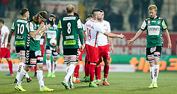 19.02.2017, Keine Sorgen Arena, Ried, AUT, 1. FBL, SV Guntamatic Ried vs Red Bull Salzburg, 22. Runde, im Bild Verabschiedung nach dem Spiel // during the Austrian Football Bundesliga 22th Round match between SV Guntamatic Ried and Red Bull Salzburg at the Keine Sorgen Arena in Ried, Austria on 2017/02/19. EXPA Pictures © 2017, PhotoCredit: EXPA/ Roland Hackl