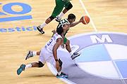 DESCRIZIONE : Brindisi  Lega A 2015-16<br /> Enel Brindisi -Sidigas Scandone Avellino<br /> GIOCATORE : Ragland Joe<br /> CATEGORIA : Palleggio Contropiede<br /> SQUADRA : Sidigas Scandone Avellino<br /> EVENTO : Campionato Lega A 2015-2016<br /> GARA :Enel Brindisi-Sidigas Scandone Avellino<br /> DATA : 14/03/2016<br /> SPORT : Pallacanestro<br /> AUTORE : Agenzia Ciamillo-Castoria/D.Matera<br /> Galleria : Lega Basket A 2015-2016<br /> Fotonotizia : Brindisi  Lega A 2015-16 Enel Brindisi-Sidigas Scandone Avellino<br /> Predefinita :