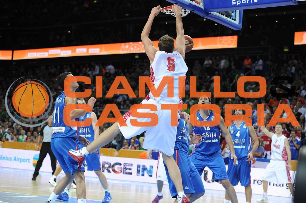 DESCRIZIONE : Kaunas Lithuania Lituania Eurobasket Men 2011 Quarter Final Round Russia Serbia<br /> GIOCATORE : Timofey Mozgov<br /> CATEGORIA : schiacciata<br /> SQUADRA : Russia<br /> EVENTO : Eurobasket Men 2011<br /> GARA : Russia Serbia<br /> DATA : 15/09/2011<br /> SPORT : Pallacanestro <br /> AUTORE : Agenzia Ciamillo-Castoria/GiulioCiamillo<br /> Galleria : Eurobasket Men 2011<br /> Fotonotizia : Kaunas Lithuania Lituania Eurobasket Men 2011 Quarter Final Round Russia Serbia<br /> Predefinita :