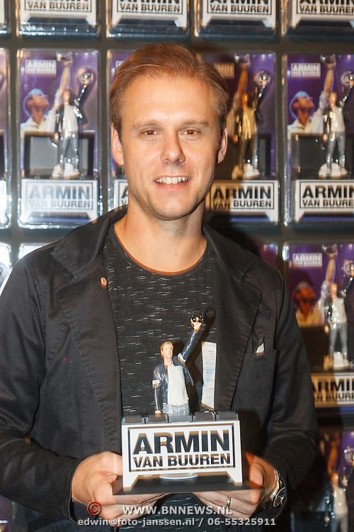 NLD/Amsterdam/20151119 - Dj Hardwell en Armin van Buuren vereeuwigd als actiefiguur, Armin van Buuren