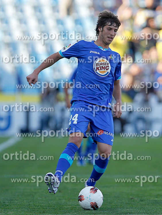15.10.2011, Coliseum Alfonso Perez, Getafe, ESP, Primera Division, FC Getafe vs FC Villarreal, im Bild Getafe's Ruben Perez // during Primera Division football match between FC Getafe and FC Villarreal at Coliseum Alfonso Perez, Getafe, Spain on 15/10/2011. EXPA Pictures © 2011, PhotoCredit: EXPA/ Alterphoto/ Acero +++++ ATTENTION - OUT OF SPAIN/(ESP) +++++