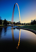 Image of the Gateway Arch with reflections in St. Louis, Missouri, American Midwest
