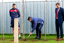 Lee Johnson in action as Representatives of Bristol City take part in a ceremony to plant tree's in memory of the 7 Bristol City player's who lost their lives serving during WW1 - Rogan/JMP - 09/11/2018 - FOOTBALL - Failand Training Ground - Bristol, England.