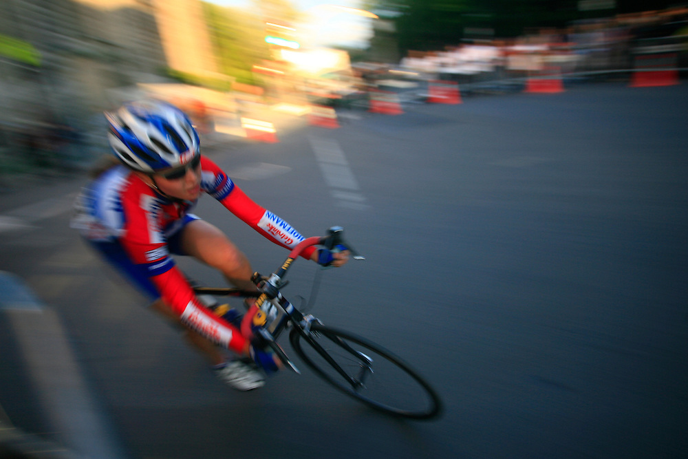 "UCI world cup women cycling held in Montreal in june 2007 during the ""Tour du grand Montreal"" event."