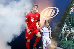 11.07.2015, Alianz Arena, Muenchen, GER, 1. FBL, FC Bayern Muenchen, Teampräsentation, im Bild Gianluca Gaudino #16 (FC Bayern Muenchen) kommt in die Arena // during the Teampresentation of German Bundesliga Club FC Bayern Munich at the Alianz Arena in Muenchen, Germany on 2015/07/11. EXPA Pictures © 2015, PhotoCredit: EXPA/ Eibner-Pressefoto/ Kolbert<br /> <br /> *****ATTENTION - OUT of GER*****