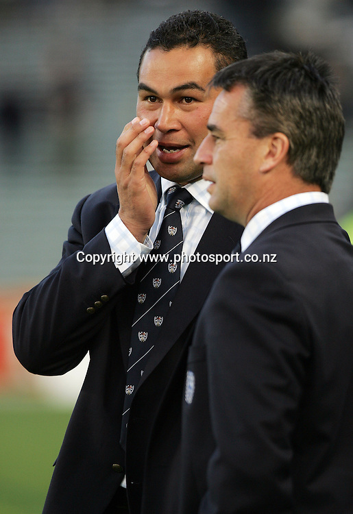 Auckland head coach Pat Lam talks with assistant coach Shane Howarth after the Air NZ Cup rugby match between Auckland and Bay of Plenty at Eden Park, Auckland, New Zealand on 7 October, 2006. Auckland won the match 47 - 14. Photo: Hannah Johnston/PHOTOSPORT<br /><br /><br /><br /><br />071006