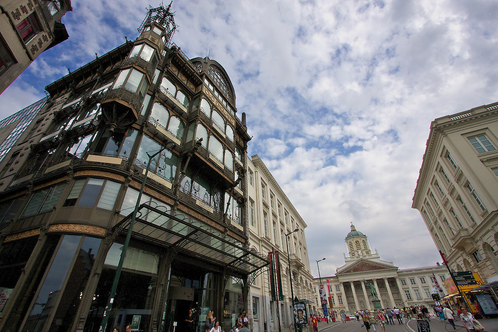 Built in 1899 as a department store, the Old England building in central Brussels stands as a great example of the Art Nouveau style of Architecture with an impressive blend of iron and glass. It is now home to the Museum of Musical Instruments